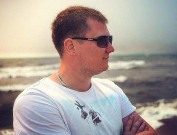 Дамир Павловский